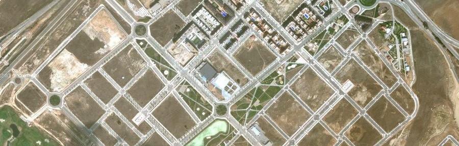 Valdeluz. 700 personas viven en una urbanización pensada para 30.000